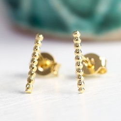 Short Twisted Ear Climber in Gold