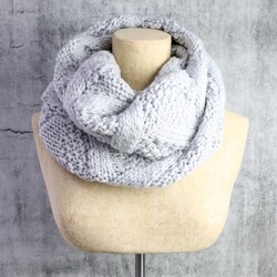 Knitted Snood in Light Grey