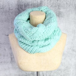 Knitted Snood in Mint