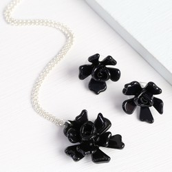 Acrylic Rose Necklace and Earring Set in Black