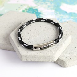 Men's Trigger Happy Sail Bracelet in Black & White