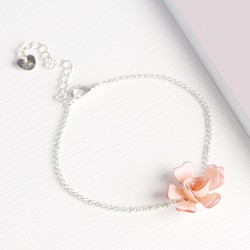 Acrylic Single Rose Bracelet in Dusky Pink