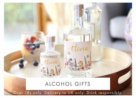 Alcohol gifts - Shop personalised alcohol gifts >>