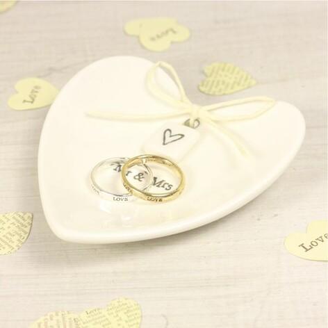 East of India Mr & Mrs Ceramic Heart Ring Dish