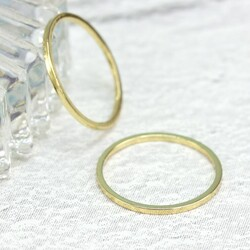 Delicate Gold Band Ring