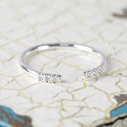Open Style Delicate Diamante Midi Ring