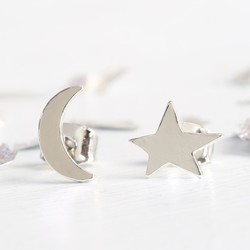 Mismatch Moon and Star Stud Earrings in Silver
