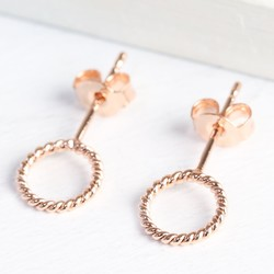 Rose Gold Stand Out Twist Circle Earrings