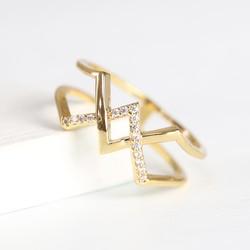 Orelia Gold Criss Cross Crystal Ring