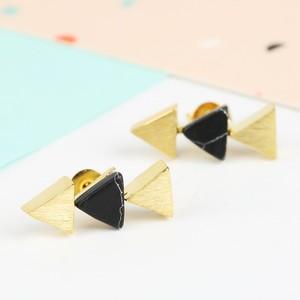 Black Howlite Triple Triangle Gold Earrings