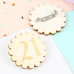 Engraved Wooden '21' Birthday Badge
