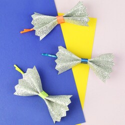 Meri Meri Glitter Bow Hair Pins