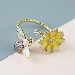 Bee Daisy Gold Open Ring