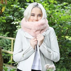 Pink Faux Fur Twist Snood