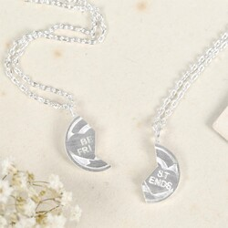 Best Friends Sweetheart Necklace Set in Silver