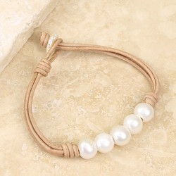 Pearl and Natural Leather Friendship Bracelet