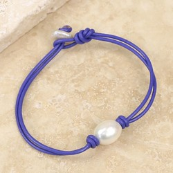 Knot and Pearl Violet Leather Bracelet