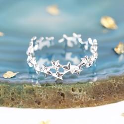 Delicate Stars Ring in Silver