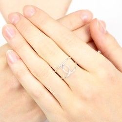 Sterling Silver Crossover Curve Ring