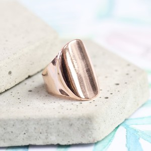 Rose Gold Oval Ring - Large
