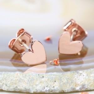 Shiny Heart Earrings In Rose Gold