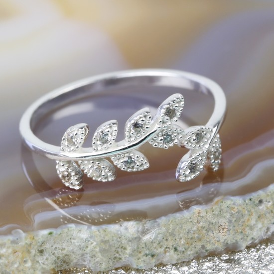 Sterling Silver Cubic Zirconia Leaf Ring - S/M