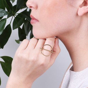 Shiny Geometric Circle and Bar Ring In Gold M