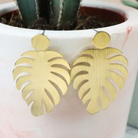 6a7db3198 Palm Leaf Necklace in Gold | Jewellery | Lisa Angel