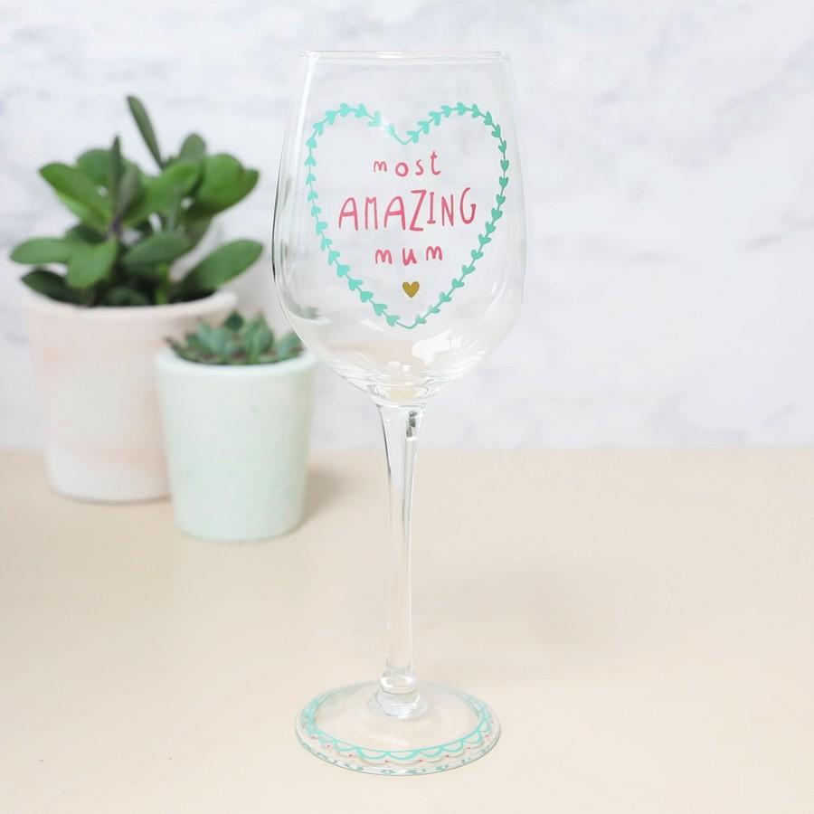 Most Amazing Mum\' Wine Glass | Gifts for Mum | Lisa Angel