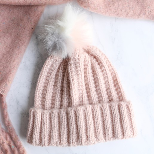 ce4e947b743 Lisa Angel Ladies  Chunky Knit Pink Bobble Hat with Pom Pom