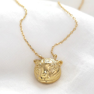 Tiger Head Pendant Necklace in Gold