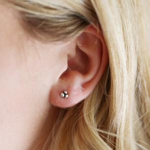 Triple ball earrings STS