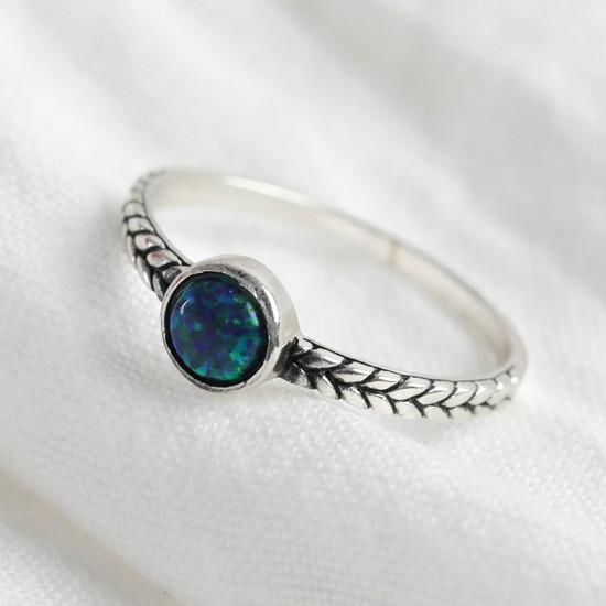Sterling Silver Gemstone Infinity Braid Ring - M/L