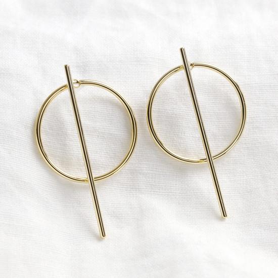 Circle & Bar Stud Earrings in Gold
