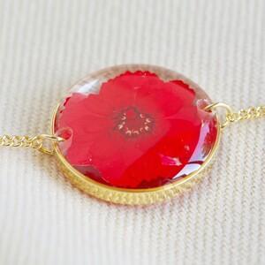 Pressed Birth Flower Charm Bracelet in Gold - December