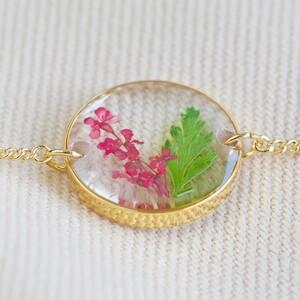 Pressed Birth Flower Charm Bracelet in Gold - May
