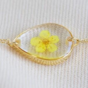 Pressed Birth Flower Charm Bracelet in Gold - October