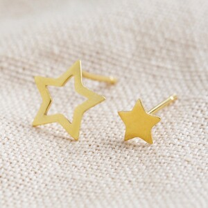 Mismatched Star Stud Earrings in Gold