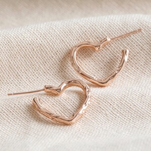 Organic Finish Small Heart Hoop Earrings in Rose Gold