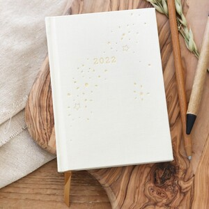 Cream and Gold Star 2022 Diary