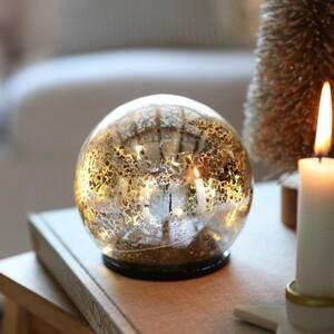 Medium LED Crackled Silver Light Globe