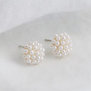Pearl Cluster Stud Earrings in Gold