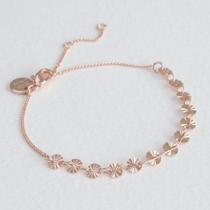 Diamond Tip Disc Bracelet in Rose Gold