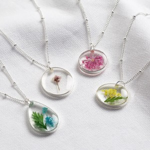 Real Pressed Birth Flower Pendant Necklace in Silver - April