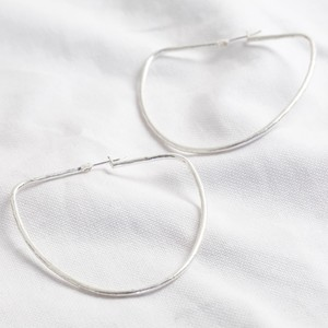 Silver rounded triangle Hoop earrings