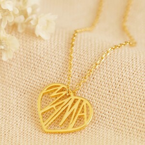 Cut Out 'Mama' Heart Pendant Necklace in Gold
