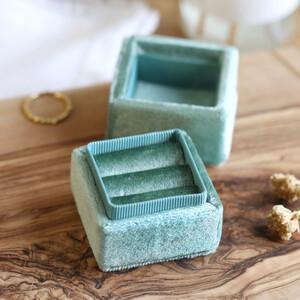 Green Velvet Earrings Box