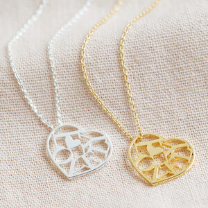 Cut out Lovely heart necklace in Gold