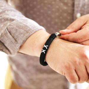 Black Cord Family Kiss XX bracelet (Brushed clasp)