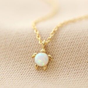 Opal Turtle necklace in Gold